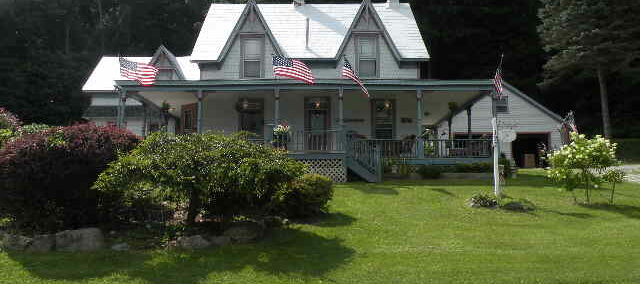 Queechy Lake Waterfront Victorian 6 Acres 12029